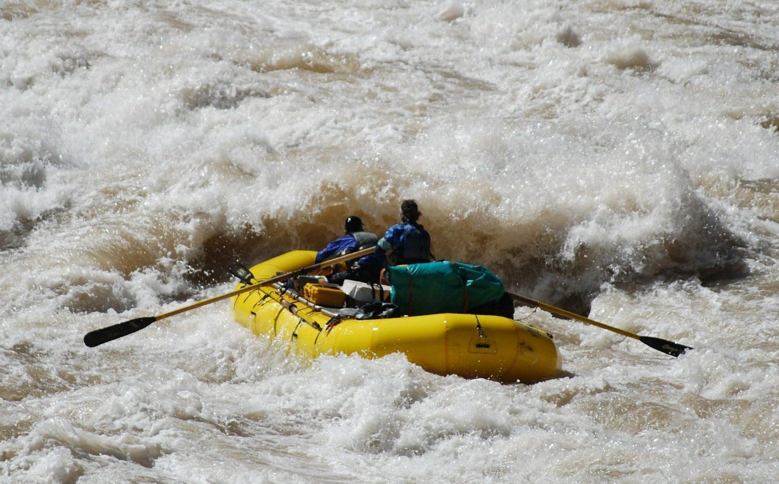 Rafting e canoa: principali differenze